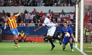 Stéphane Mbia Sevilla v Valencia