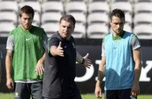 postecoglou%20brazil%20training