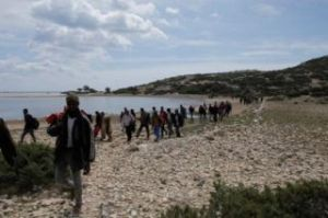 migrants undocumented islands